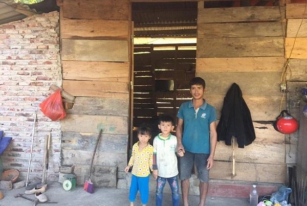 Danh sách hộ nghèo chờ hỗ trợ xây nhà