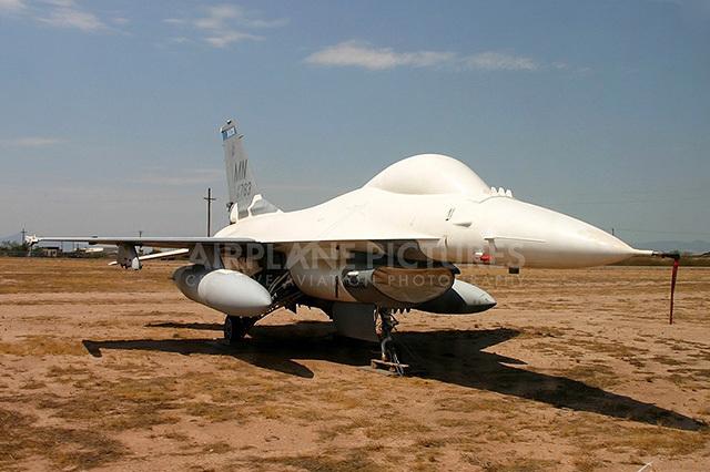 Những hình ảnh 'nghĩa địa máy bay' trị giá 35 tỷ USD