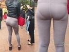 Mặc quần bó sát hằn rõ nội y khi đi lễ chùa, cô gái khiến ai cũng ngán ngẩm: 'Thời trang phang địa điểm'