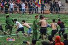 Trai làng xé rào hỗn chiến: Chủ tịch Hiền Quan thông báo dừng cướp phết
