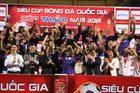 Hà Nội đoạt Siêu Cúp trước trận play-off AFC Champions League