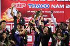 Bầu Hiển thổi lửa cho Hà Nội FC trước trận gặp Shandong Luneng