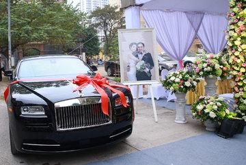 Đại gia Việt tặng vợ siêu xe hàng chục tỷ không hiếm