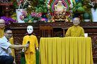 Kỹ sư ăn chay trường để chế tạo robot giải đáp Phật pháp