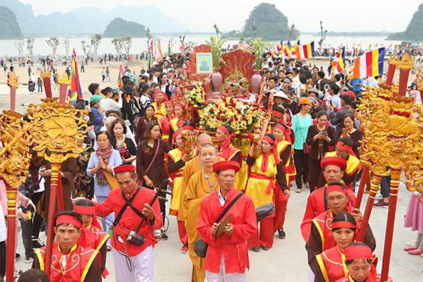 Phó Thủ tướng,Trương Hoà Bình,Chùa Tam Chúc,lễ hội