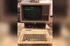 Máy tính Apple bỏ quên trong kho 30 năm vẫn chạy tốt