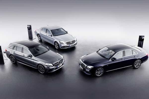 Mercedes sẽ trang bị thêm động cơ điện cho 10 mẫu xe