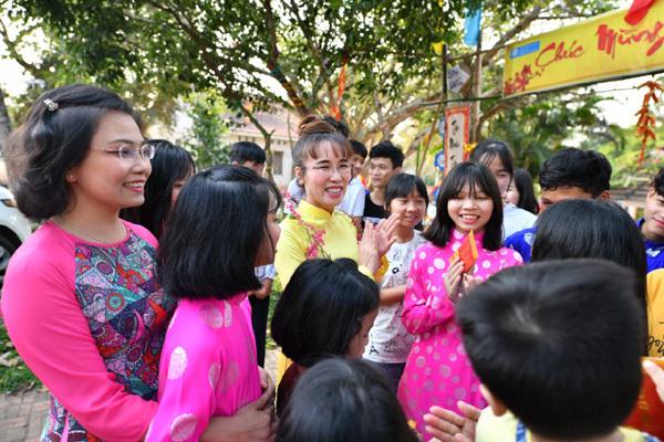 thiện nguyện Tết,làng trẻ em S.O.S