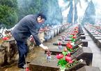 Nguyên Chủ tịch nước Trương Tấn Sang tri ân anh hùng, liệt sĩ tại Vị Xuyên