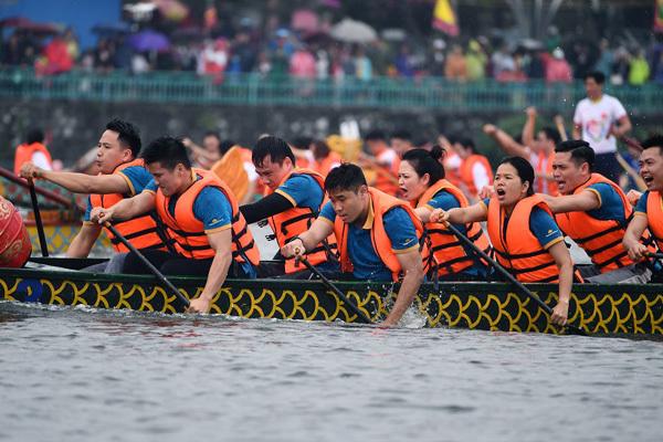 Nâng tầm Lễ hội Bơi chải Thuyền rồng Hà Nội mở rộng 2019