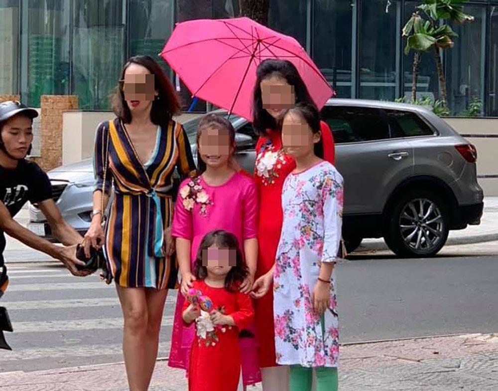 Bắt kẻ cướp túi xách của nữ Việt kiều bị lọt vào ống kính máy ảnh