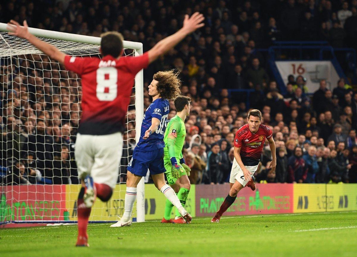 Pogba chói sáng, MU đá bay Chelsea ra khỏi FA Cup
