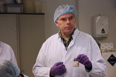 Ngày này năm xưa: 'Trồng' thịt từ tế bào gốc