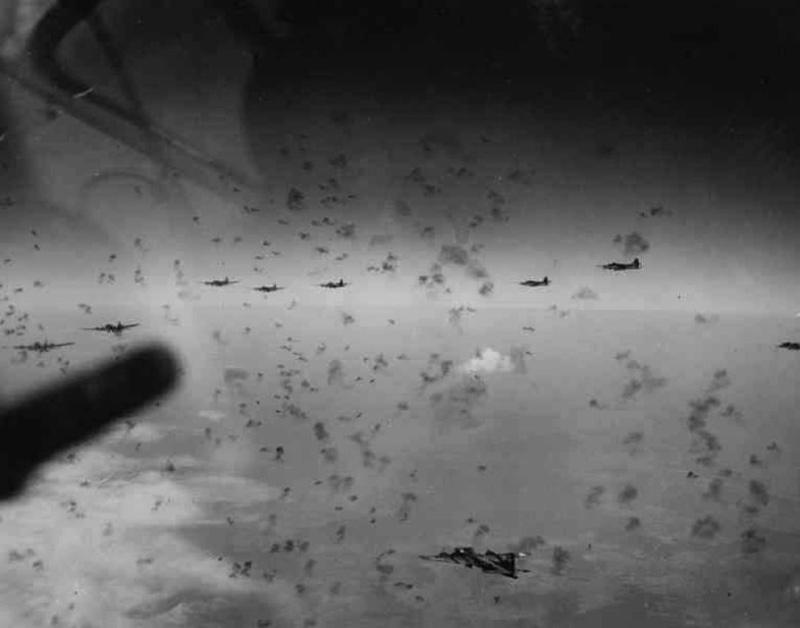 Ngày này năm xưa: Không chiến đẫm máu nhất lịch sử thế giới