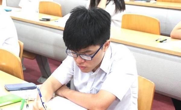 Trường ĐH Quốc tế công bố đề thi mẫu và hướng dẫn làm bài đánh giá năng lực
