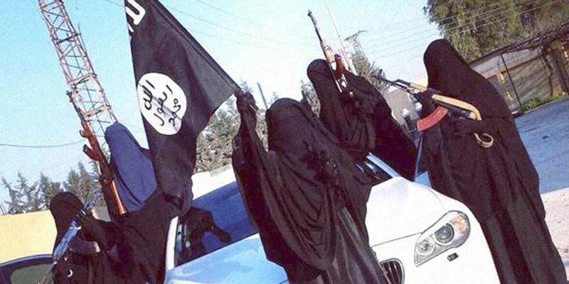 Cô dâu nổi tiếng IS hối hận, cầu xin được tha thứ