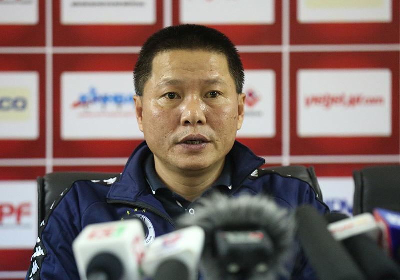 HLV Chu Đình Nghiêm: 'Hà Nội thua vì bỏ lỡ nhiều cơ hội'