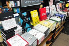 Sách của ái nữ nhà Tân Hiệp Phát 'lên kệ' ở Úc