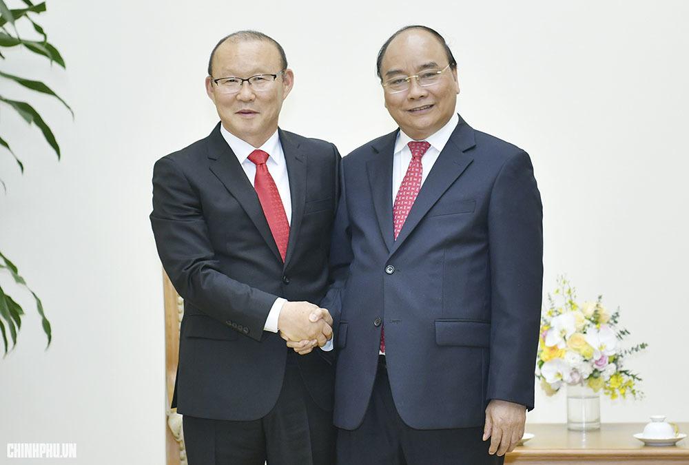 Thủ tướng Nguyễn Xuân Phúc,Nguyễn Xuân Phúc,bóng đá nam,U23 Việt Nam,tuyển Việt Nam,Park Hang-seo