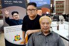Dịch vụ cắt tóc 'kiểu ông Kim và ông Trump' của salon tóc ở Hà Nội lên báo nước ngoài
