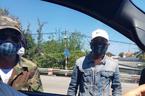 Danh tính nhóm bịt mặt đập phá ô tô ở trạm thu phí