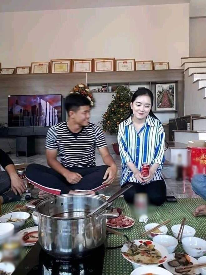 Nguyễn Quang Hải,bạn gái quang hải,bạn gái cầu thủ,bạn gái đức chinh,tình yêu