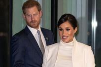 Hoàng tử Harry được cho là đang bị mắc kẹt trong một cuộc hôn nhân không tình yêu giống như Công nương Diana quá cố