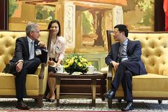 Argentina đề nghị Việt Nam hợp tác phát triển viễn thông và Internet