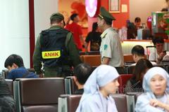 Nữ hành khách 'chôm đồ' ở Nội Bài bị vạch trần ở sân bay Pleiku