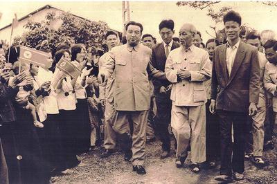Nhớ ngày người Hà Nội tặng dừa, chuối cho ông Kim Nhật Thành