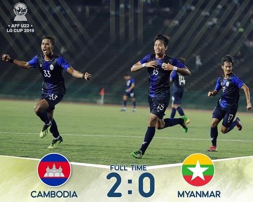 Hạ đẹp U22 Myanmar, U22 Campuchia gây sốc với vé bán kết