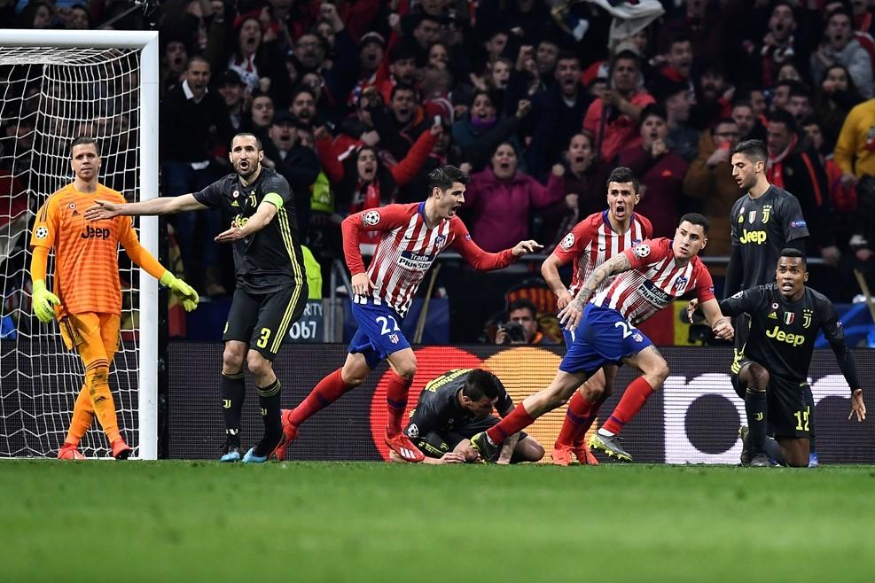 Ronaldo bị 'khóa chặt', Juventus gục ngã trước Atletico