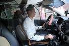 Trải lòng của người thiết kế vách ngăn bảo vệ tài xế taxi