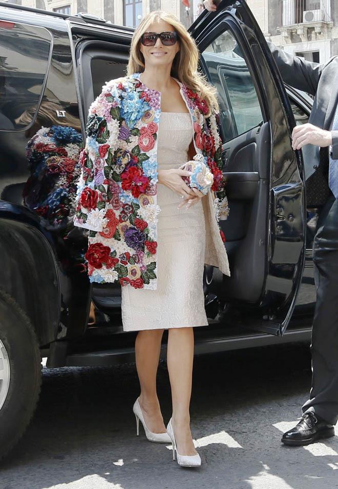 Phu nhân Tổng thống Mỹ sành hàng hiệu nhất thế giới: 1 chiếc áo cũng 1,2 tỷ đồng