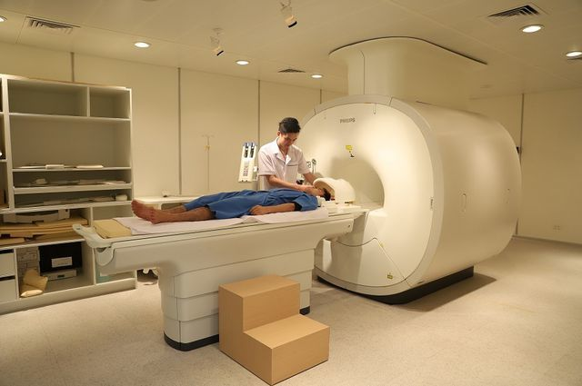 BV Phương Đông nhận chuyển giao công nghệ y tế từ Philips