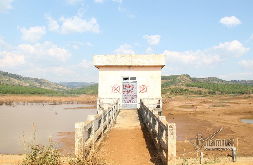 Xây hồ thủy lợi hàng chục tỷ đồng để…bỏ hoang