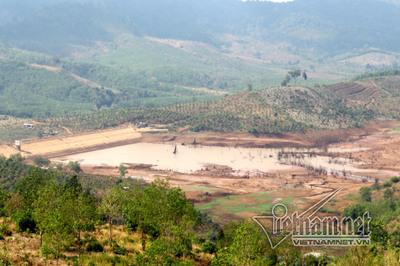 Xây hồ thủy lợi bỏ hoang, lãnh đạo Ban Quản lý dự án bị bắt