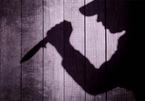 Chơi đuổi bắt với con, bố bị đâm chết vì nghi bắt cóc trẻ em