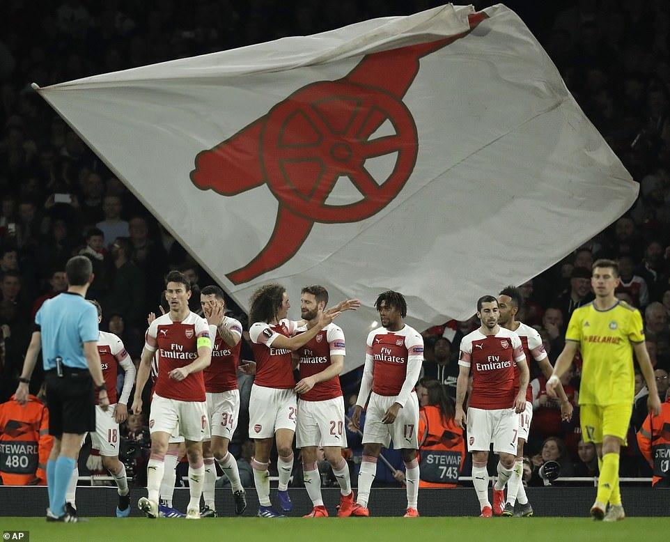 Lật ngược thế cờ, Arsenal vào vòng 1/8 Europa League