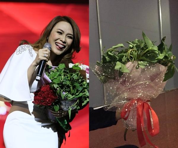 Những món quà tặng kỳ lạ fan dành tặng sao Việt