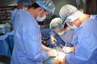 Việt kiều từ chối về Mỹ, chọn bệnh viện Việt Nam phẫu thuật tim