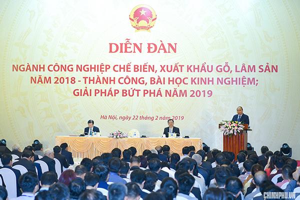 Thủ tướng: Đưa VN thành công xưởng sản xuất, chế biến, xuất khẩu đồ gỗ của thế giới