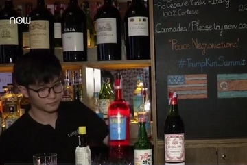 Quán rượu ở Hà Nội phục vụ đồ uống phong cách thượng đỉnh Mỹ - Triều