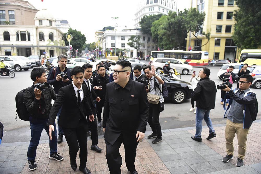 Bản sao Trump-Kim làm rộn ràng phố phường Hà Nội
