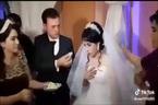 Cô dâu ăn tát vì trêu đùa chú rể trong đám cưới