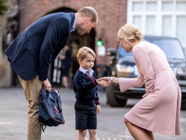 Tỷ phú, hoàng gia đang cho con cái học môn gì?