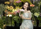 Nhan sắc 3 cô gái từng tặng hoa cho các tổng thống Mỹ khi đến Việt Nam