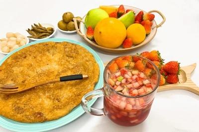 Cách làm cocktail Sangrita hoa quả giúp  bữa tiệc gặp mặt đầy ý nghĩa