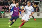 Sevilla 1-1 Barca: Siêu phẩm của Messi (H1)