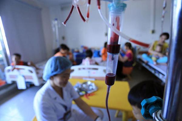 Nhu cầu máu tăng đột biến gấp 3, Viện Huyết học chỉ dám phát nhỏ giọt